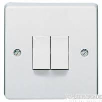 Crabtree Capital White 10A Plate Switch 2 Gang 2 Way SP 4172