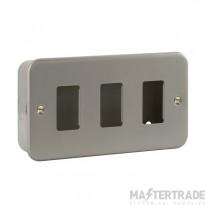 Click Metal Clad 3 Gang Grid Pro Front Plate CL20403
