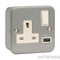 Click Metal Clad 13A Socket Outlet 1G Switched c/w 2.1A USB Outlet CL771